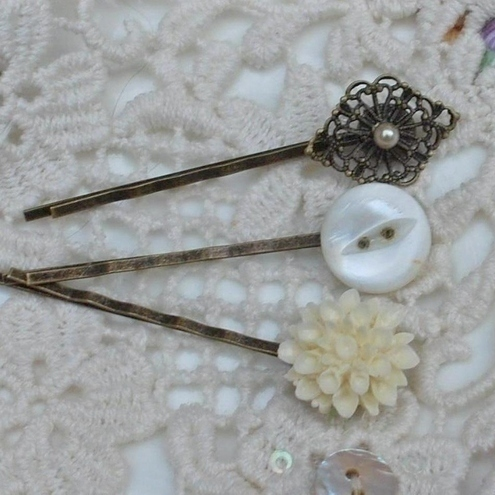 Vintage set of 3 bobby pins......