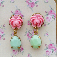 Vintage Rose & Vintage Glass Stone