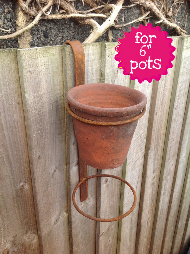 Fence Hanger Double Pot Ring