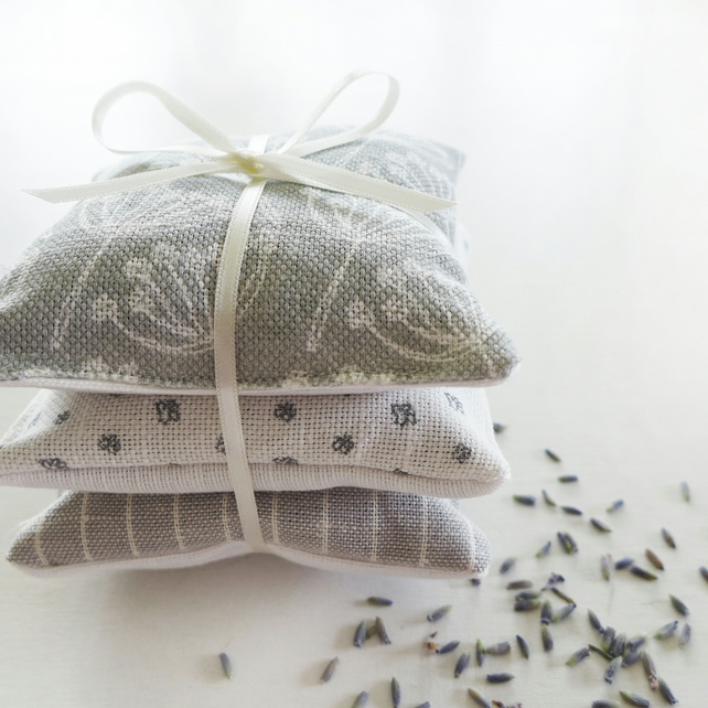 LAVENDER BUNDLE - dove grey cow parsley