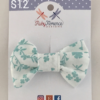 Beautiful Small Fabric Bow Hair Clip (s12)