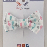 Beautiful Small Fabric Bow Hair Clip (s11)