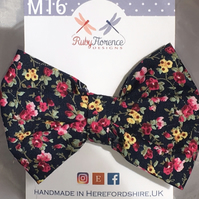 Beautiful Medium Fabric Bow Hair Clip M16