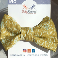 Beautiful Medium  Fabric Bow Hair Clip M8