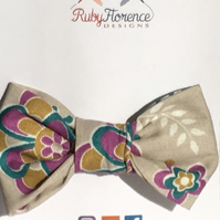 Beautiful Small Fabric Bow Hair Clip S3