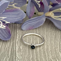 Sterling silver and Swarovksi stacking ring - Graphite