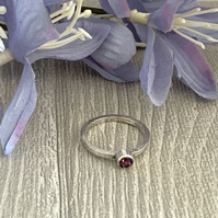Sterling silver and swarovski stacking ring - Amethyst