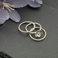Sterling silver flower ring - Set of 3 stacking rings
