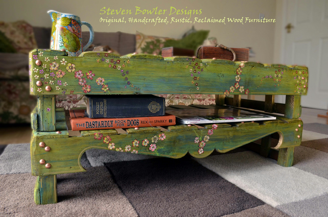 RUSTIC RECLAIMED WOOD COFFEE TABLE WITH HANDPAINTED COTTAGE FLOWERS
