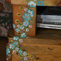 ONE RUSTIC END TABLE WITH COUNTRY COTTAGE FLOWER DESIGN HANDCRAFTED TO ORDER