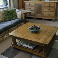 Rustic Country Cottage Style Medium Oak Stain Reclaimed Wood Coffee Table