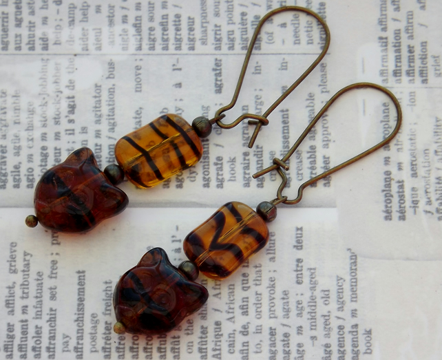 Tiger Kitty dangle earrings