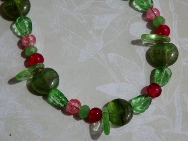 Johnny Appleseed, glass apple and leaf beaded necklace