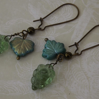 Green Grapes, glass fruit and leaves  vintage look