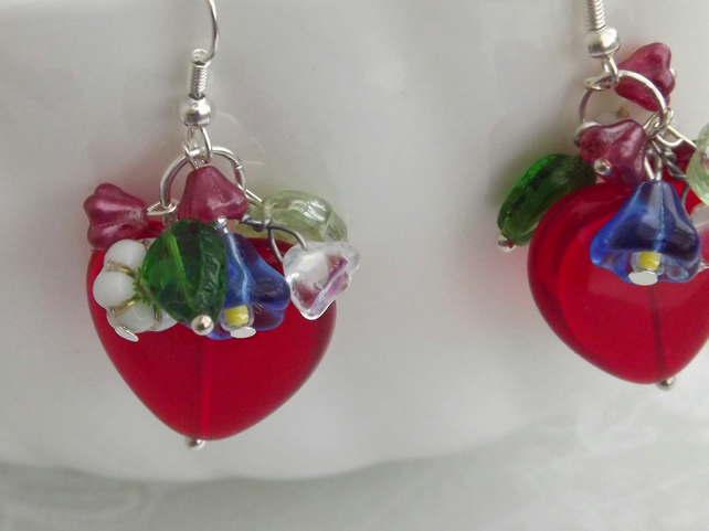 Floral Heart, beaded earrings glass, heart and flowers