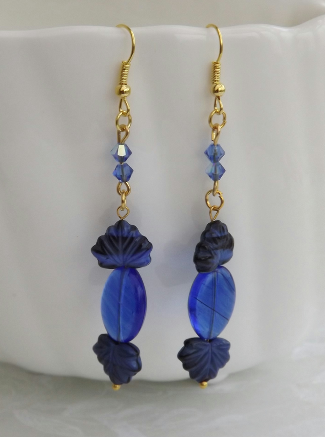 Baroque Saphire, Glass ovals  and leaves dangle earrings