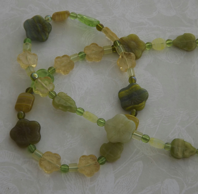 Lime Flower, glass beaded necklace