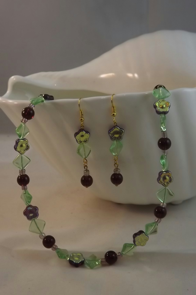 Shy Violet, glass flowers and beads necklace and earring set
