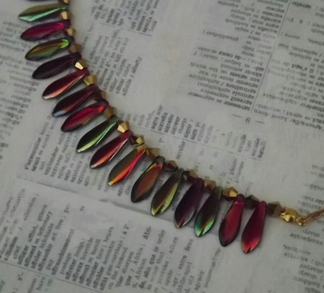 Scales, multicoloured metalic sheen on glass drops, necklace