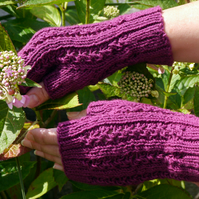 Fingerless Gloves Dark Pink