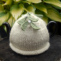 One Cup Mistletoe Tea Cosy