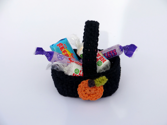 Mini Halloween Basket, Pumpkin Decoration