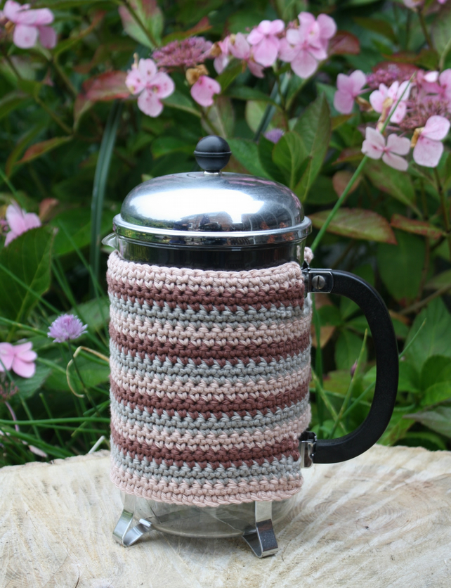 Cafetiere Cosy Crocheted Stripes