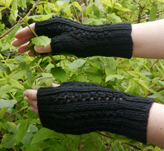 Black Fingerless Mittens, Hand Knitted