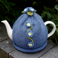 Forget-me-not Tea Cosy
