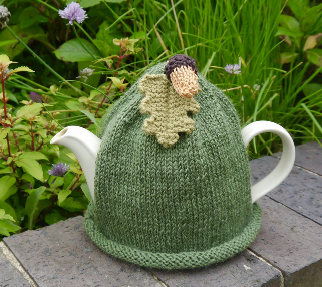 Large Acorn Tea Cosy 6-8 Cup
