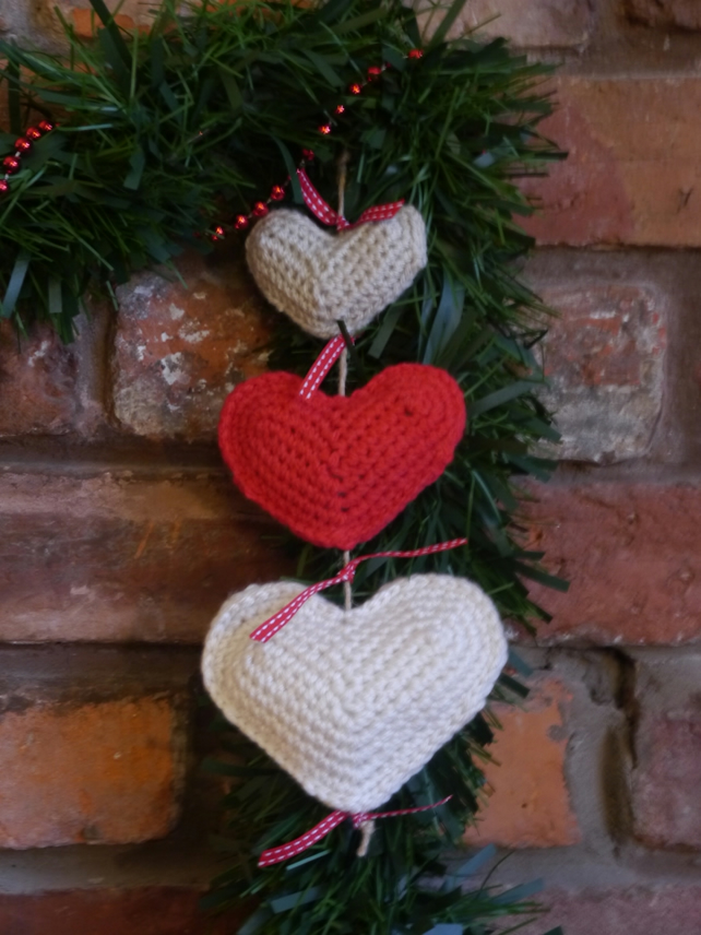 Christmas Heart Garland Door Hanger