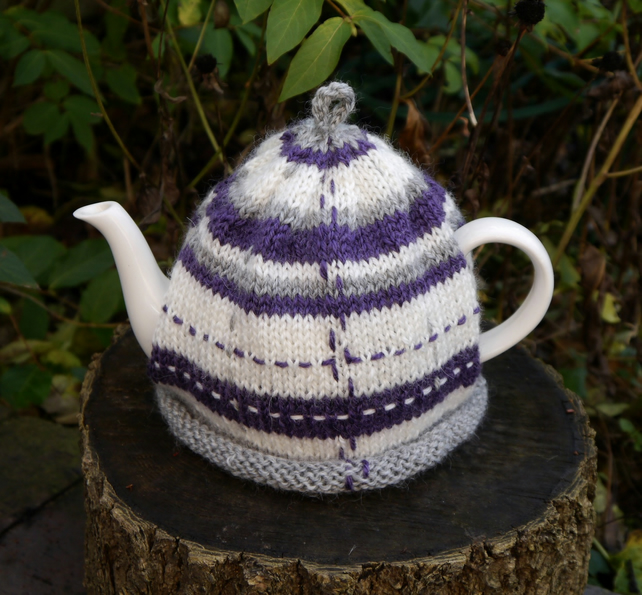 Tea Cosy Purple Tartan