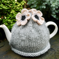 Grey Tea Cosy Blush Flowers