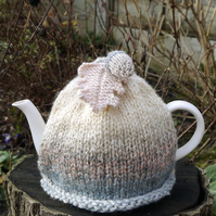 Tea Cosy Marble Acorn and Oak Leaf Pale Pink