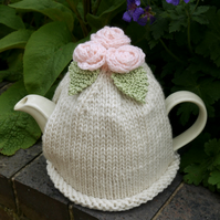 Large 6-8 Cup Cream Tea Cosy, Peach Crochet Roses and Green Leaves
