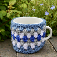 Blue Retro Stripe Crochet Mug Cosy