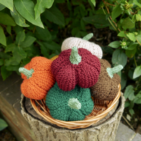 Small Autumn Knitted Pumpkin, Halloween Decorations, Fall Decor