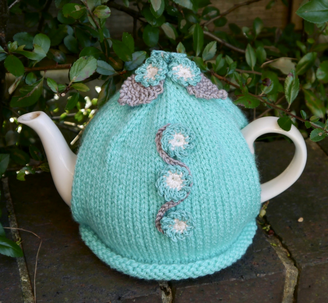 Turquoise Forget-me-not Flower Tea Cosy