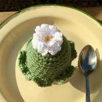 Spring Flower Egg Cosy, Ruffle Edge Crochet Flower Egg Cozy