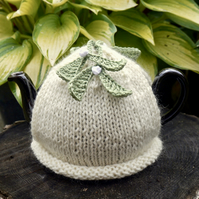 One Cup Mistletoe Tea Cosy, Small Christmas Tea Cozy