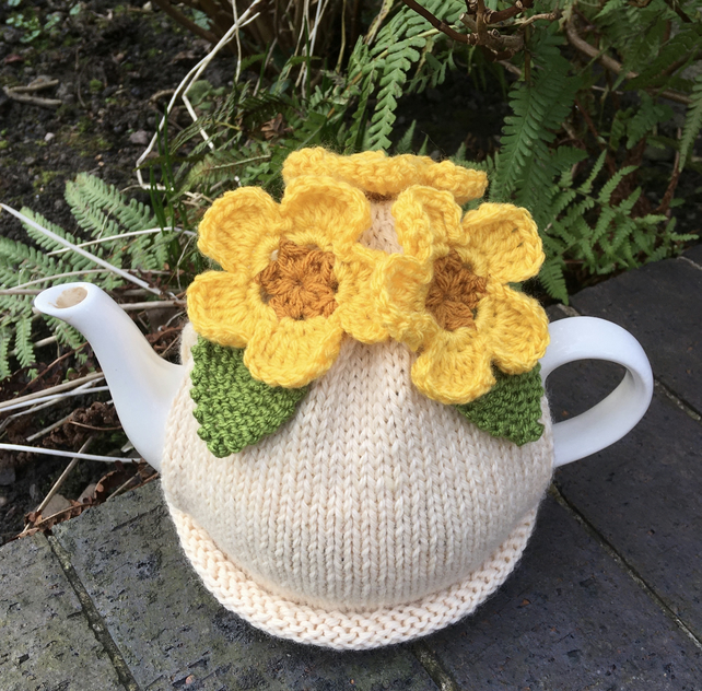 Spring Flower Tea Cosy, Yellow Crochet Flower Tea Cozy