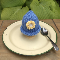 SALE - Pretty Knitted Egg Cosy, Easter Decoration