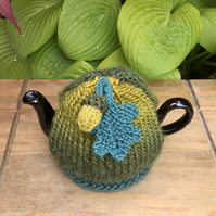Small Autumnal Tea Cosy with Acorn and Oak Leaf