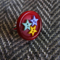 Red Stars Ring