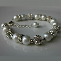 Pearl bracelet, mother of the bride, bridesmaid gifts, mother of the groom