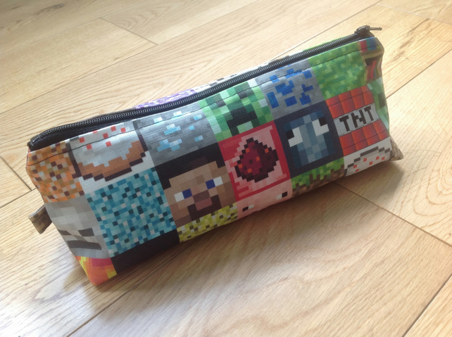 Back to school....Mine Craft pencil case...