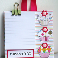 Little Cupcakes Hanging Memo Pad Holder - Things To Do