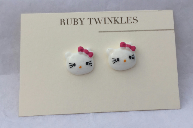 Cute kitten earrings