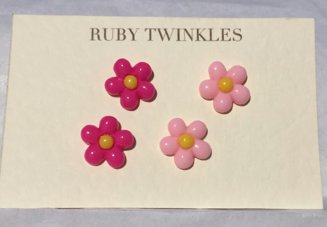 2 pairs of pink daisy earrings
