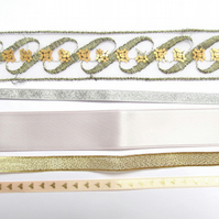 Peach, gold, silver ribbon pack: 5 x 1m lengths with hearts and flowers